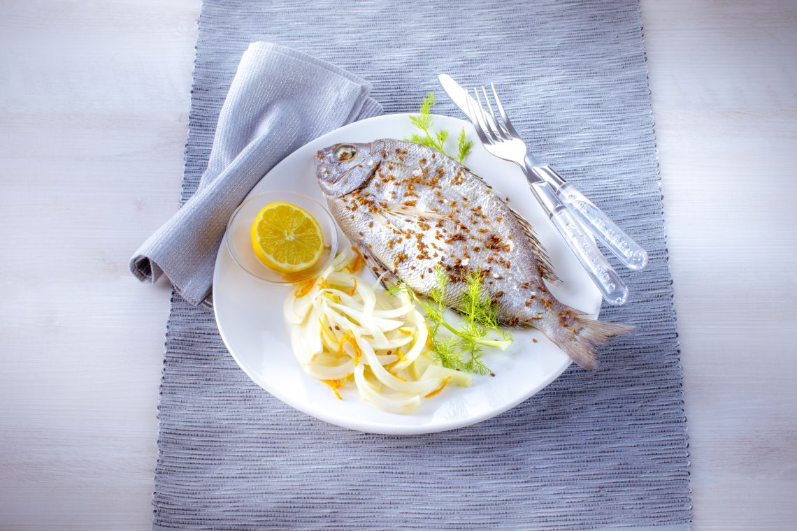 SEA_BREAM_WITH_FENNEL.jpg